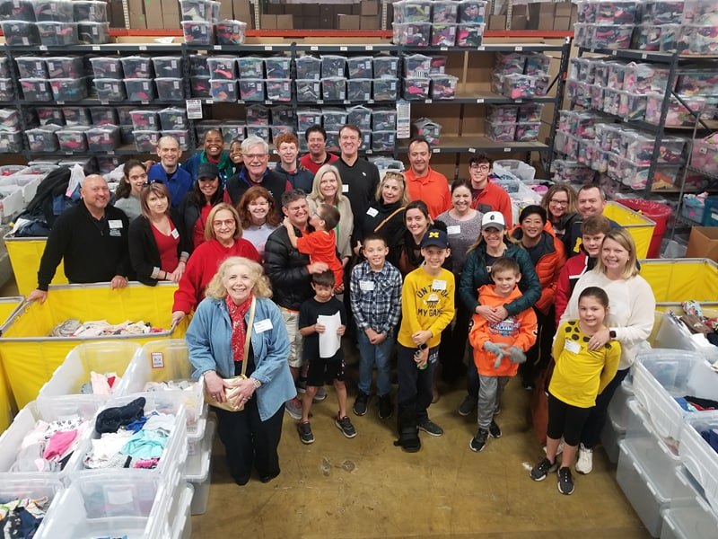 RC Immigration Supports Chicago's Children in Need at Cradles to Crayons